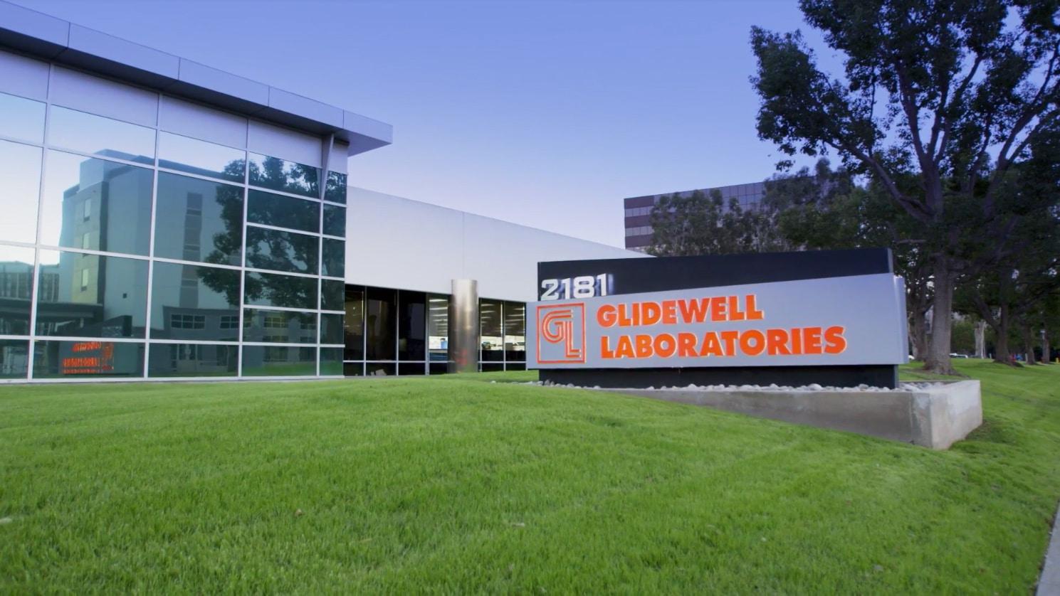 Impresión Dental y de Alto Rendimiento en 3D en Laboratorios Dentales Glidewell.